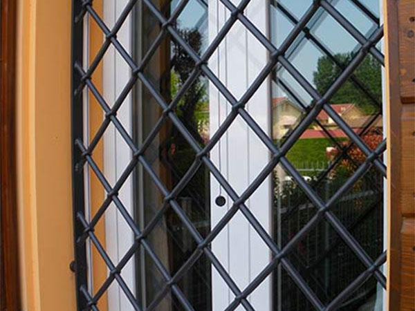 Realizzazione-inferriate-per-recinzioni-mantova