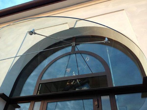 Costi-per-riparazione-finestre-in-acciaio-Mantova