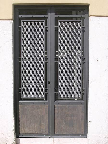Montaggio-portoncini-moderni-Reggio-Emilia