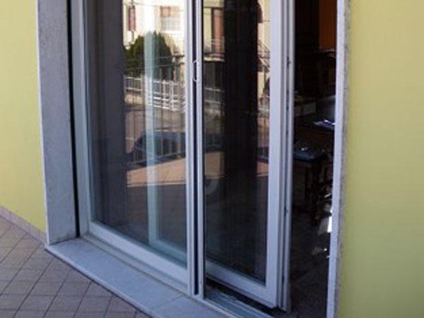 Porte-scorrevoli-per-ufficio-Reggio-Emilia