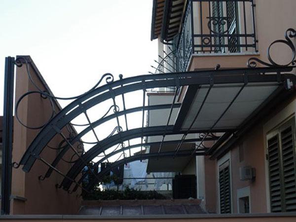 Produzione-pensiline-per-negozi-Mantova